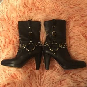 Rare Frye Katie ring studded harness boots